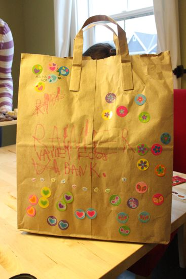 Caitlyn's food drive bag