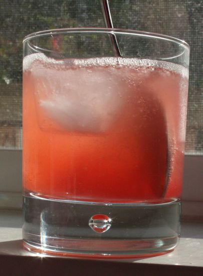 Rhubarb and Rosewater spritzer