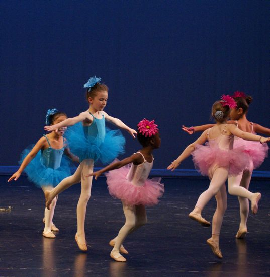 Caitlyn's pre-ballet class's performance